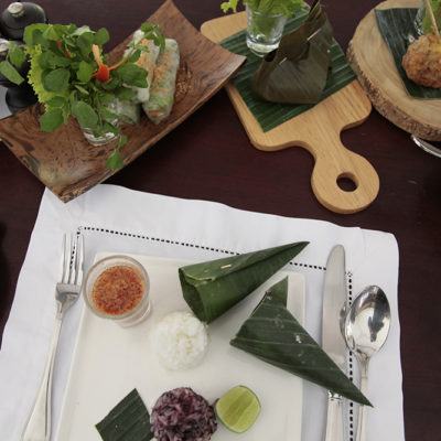 And what a feast we had..... Sommerrolls, Steamed Fish in Bananaleaves, Stuffed Lemongrass and Sticky Rice!!!